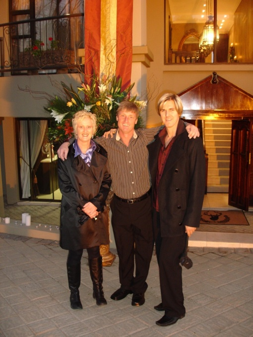 Hendi Krog, Richard van Leeuwen and Desmond Archibald